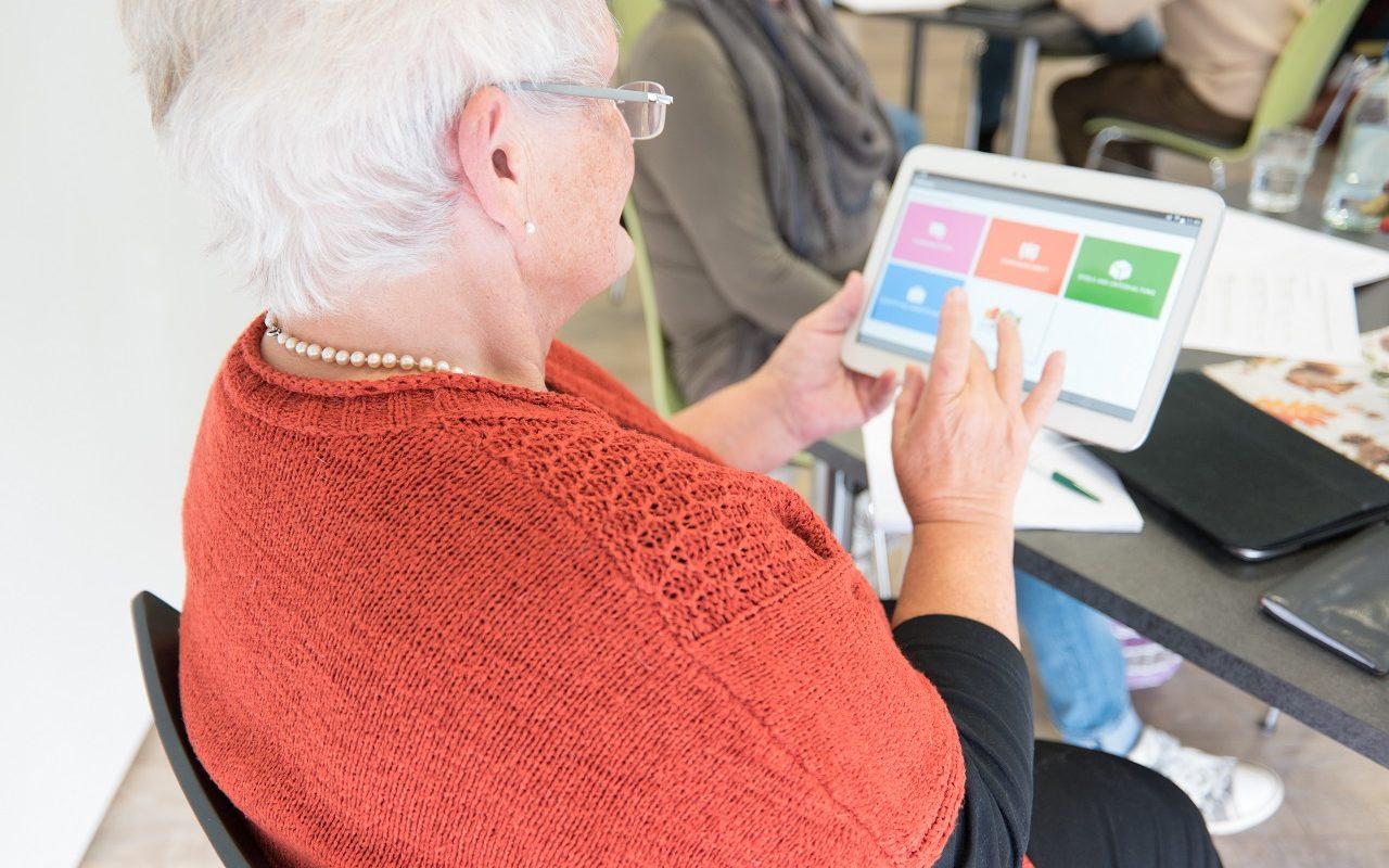 Usabilityworkshop mit Teilnehmern aus dem Quartier wirRauner